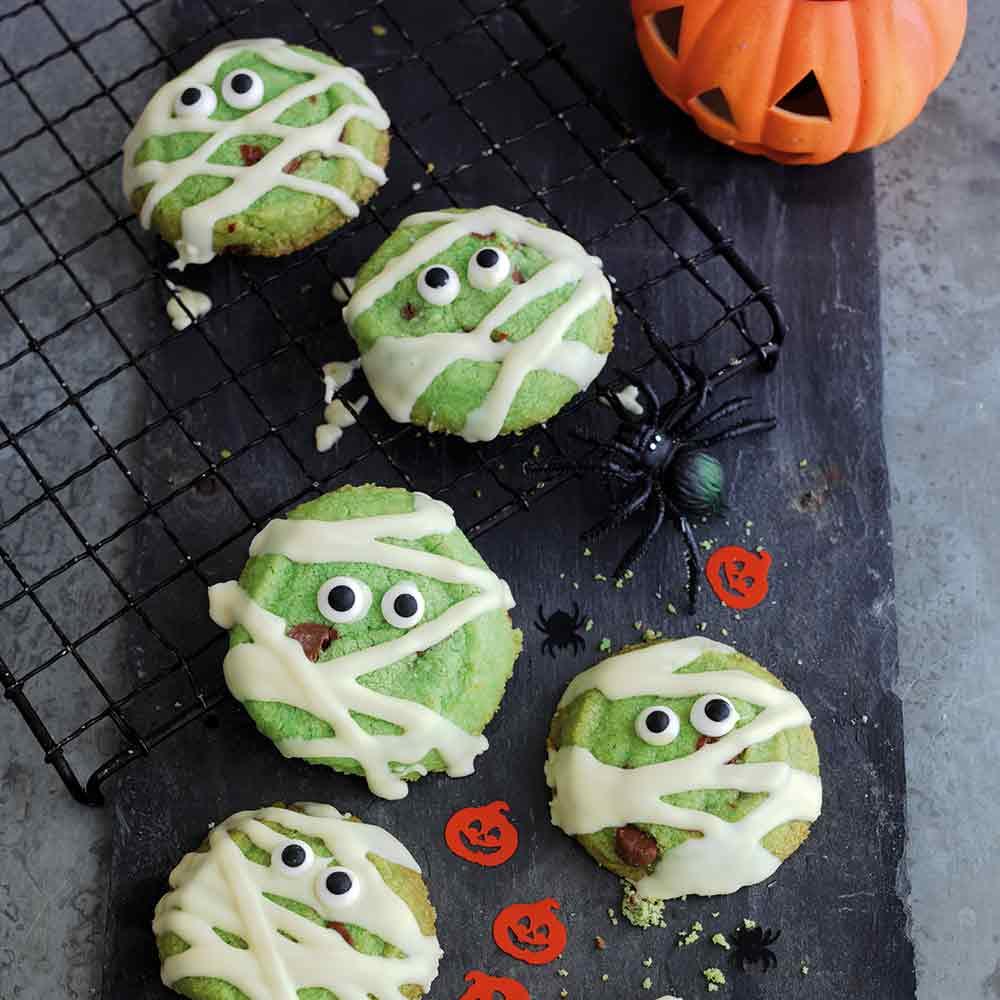 Monster Mummies Choc Chip Shortbread. Perfect for Halloween.