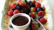 Fresh Fruit with Chocolate Dip