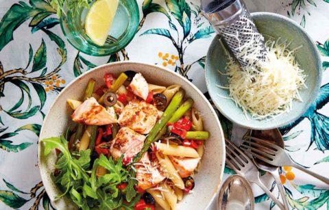 Italian-Style Salmon Pasta